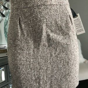 BB Dakota tweed mini skirt!